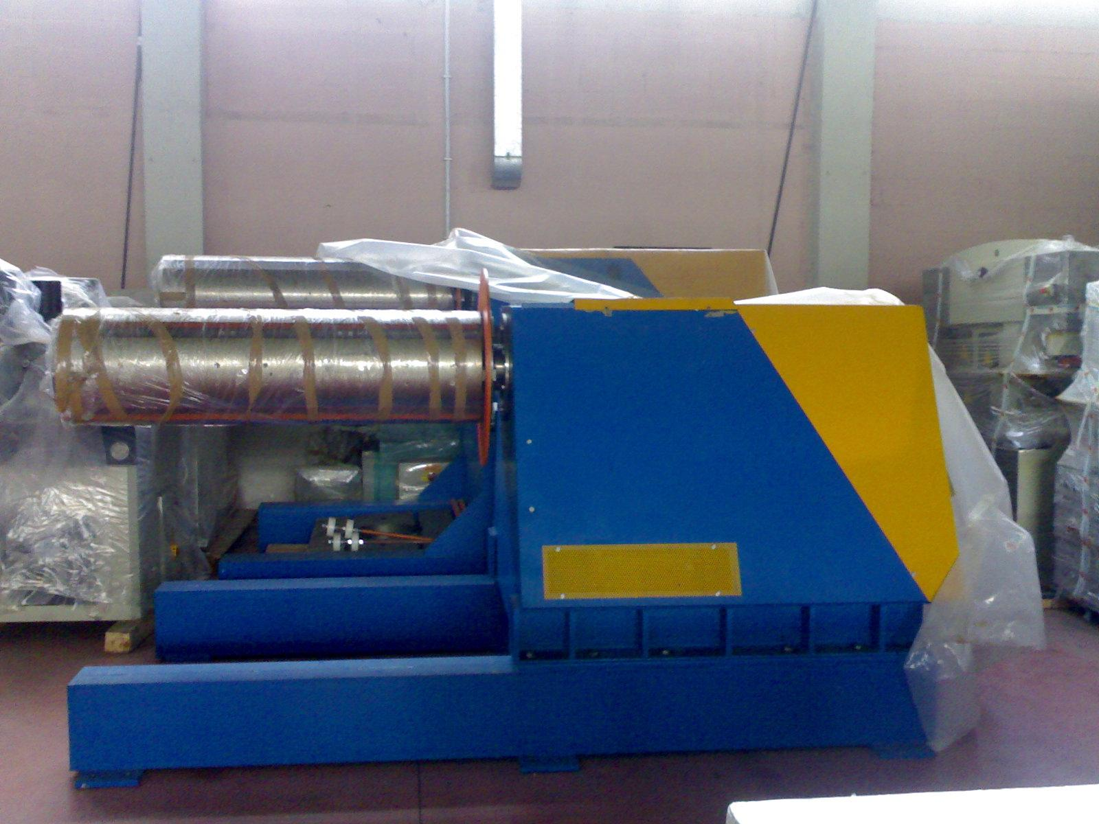 W Ultra Rozwijak do blach w kręgu 10 ton 1250/1500 RF67